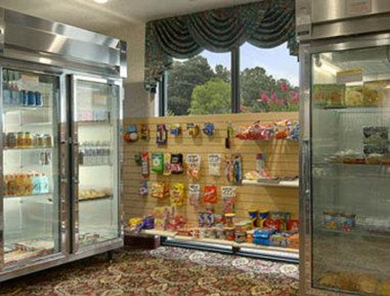 Ramada Limited Airport South: Gift Shop