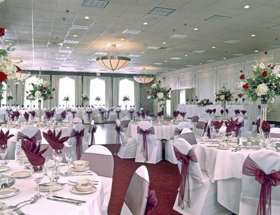 Nashua, NH: Ballroom