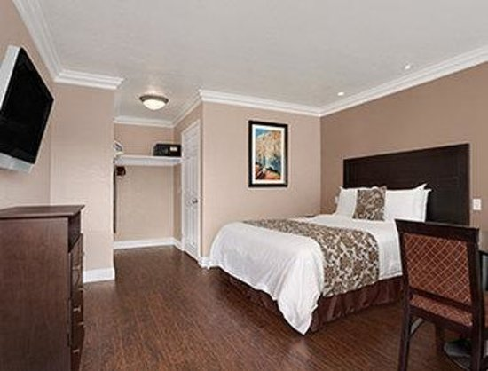 Lompoc, CA: ADA King Bed Room