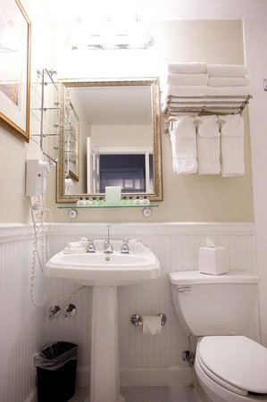 Foundry Park Inn and Spa: Bathroom Interior