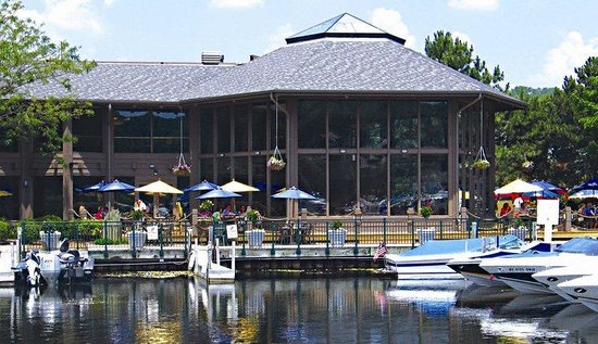 Fontana, WI: The Waterfront