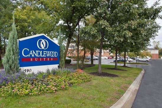 Candlewood Suites Columbus Airport: Entrance