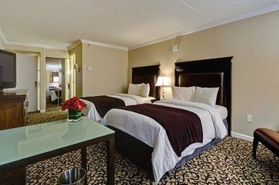Lynchburg, VA: Two Beds