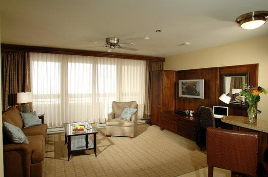 The Elevation Hotel &amp; Spa: Summit Suite