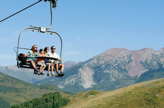 The Elevation Hotel & Spa: Scenic Chair Lift Ride