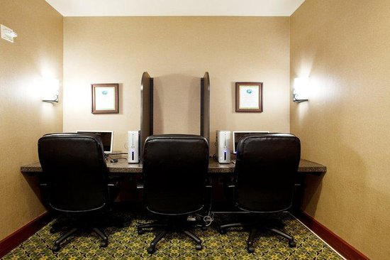 Staybridge Suites New Orleans: Business Center
