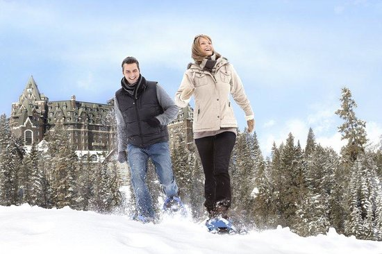 The Fairmont Banff Springs: Banff Snowshoeing
