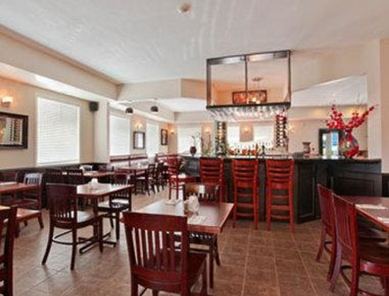 Ramada Edmonton International Airport: Restaurant