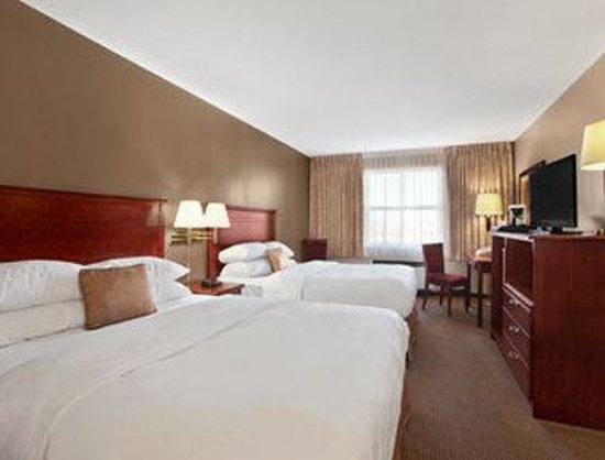 Ramada Limited Edmonton East/Sherwood Park: Standard Two Queen Bed Room