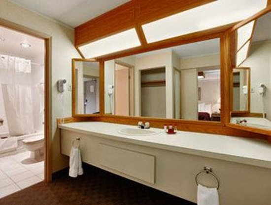 Coquitlam, Kanada: Bathroom