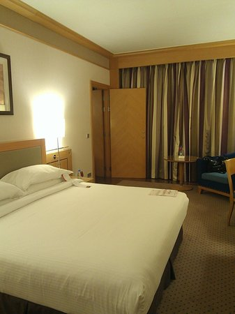Crowne Plaza Hotel Beirut: Bedroom