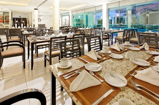 Crowne Plaza Hotel Villahermosa: Restaurant