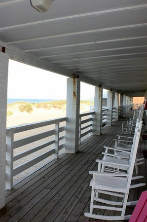 Outer Banks Motor Lodge : Total Relaxation!