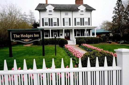 East Hampton, NY: The Hedges Inn