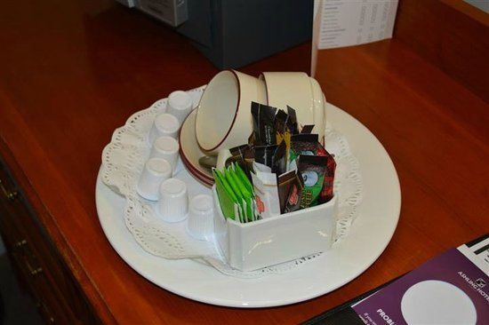 Ashling Hotel: Tea tray