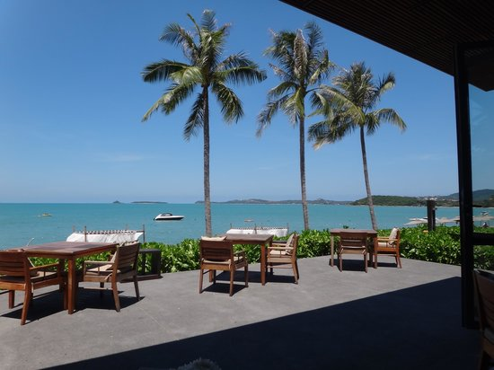 Hansar Samui Resort: Beach view