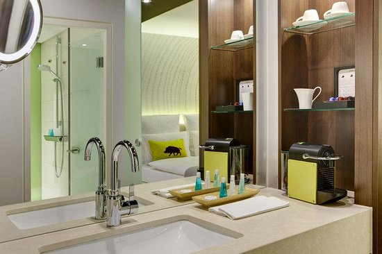 Steigenberger Airport Hotel: SHRAirport Rooms Superior Bathroom
