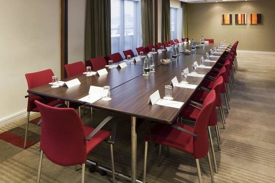 Holiday Inn Express London Croydon: Meeting Room