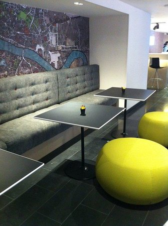 Holiday Inn Express London- Southwark: Guest Lounge