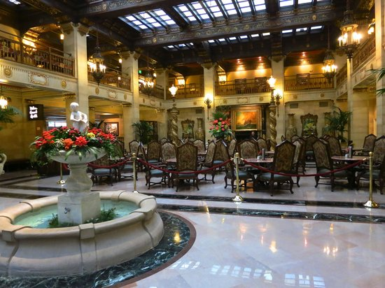 The Davenport Hotel & Tower: Davenport Lobby and Restaurant