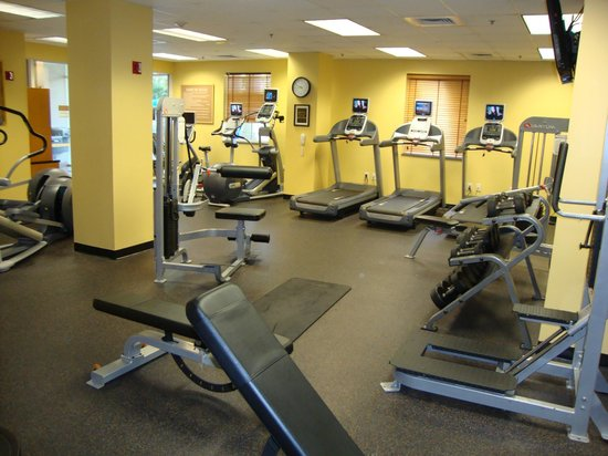 Coral Springs, FL: Fitness area