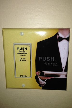 JW Marriott San Francisco Union Square: Button to call for service