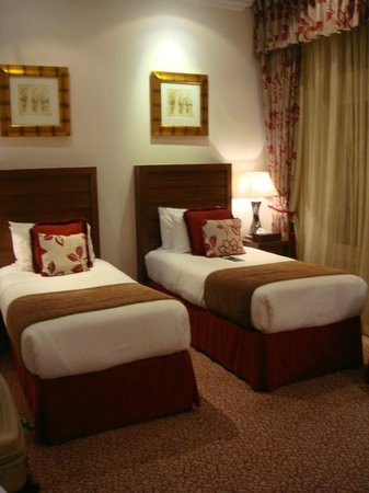 The Royal Horseguards: Twin room