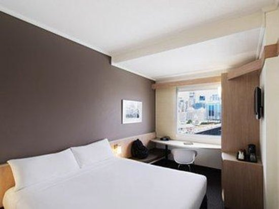 Ibis Sydney Darling Harbour: Guest Room