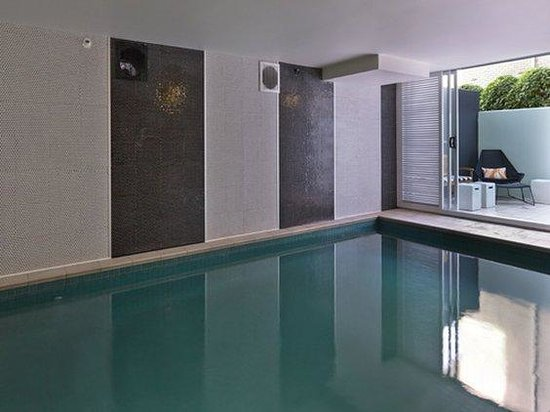 Adina Apartment Hotel South Yarra: Medina Executive South Yarra Hotel Pool