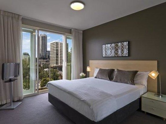 Adina Apartment Hotel South Yarra: MESYBedroom Premier