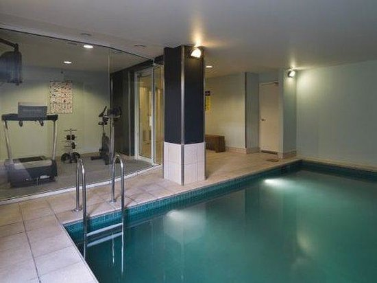 Adina Apartment Hotel South Yarra: MESYPool Gym