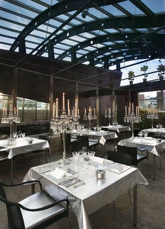 Urban Hotel Madrid: Restaurant