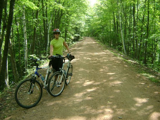 Tomahawk, WI: Bearskin, an old railroad track converted to a great bike trail
