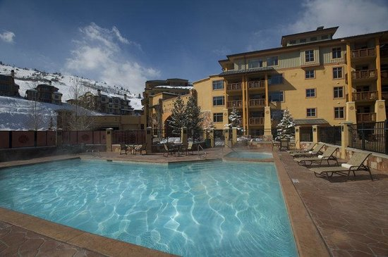 Sundial Lodge at Canyons Resort: Sundial Pool Day Web