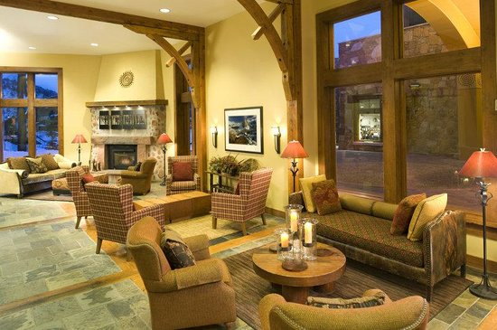 Sundial Lodge at Canyons Resort: Sundial Lobby