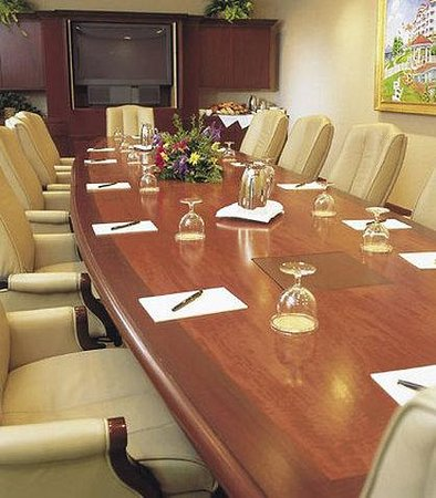 Inn at Bay Harbor - A Renaissance Golf Resort: Cushman Boardroom