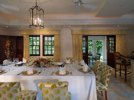 Sandy Lane Hotel: Villa Dining Room AH