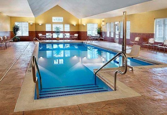 Egg Harbor Township, Нью-Джерси: Indoor Pool
