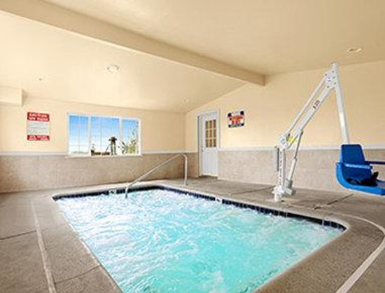 Days Inn San Simeon: Spa