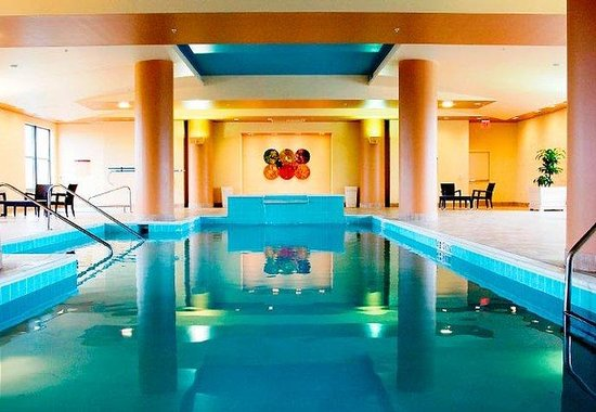 Lancaster Marriott at Penn Square: Indoor Pool