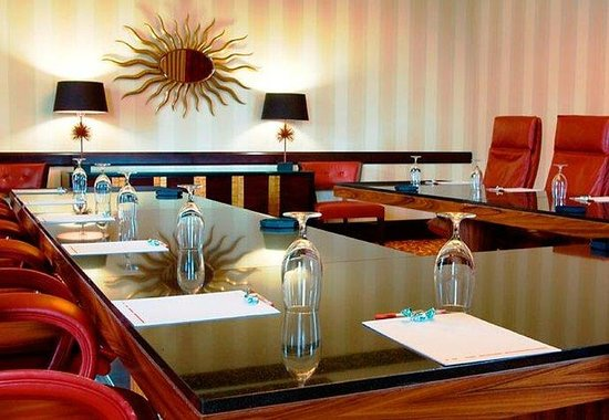 Lancaster Marriott at Penn Square: Susquehanna Boardroom