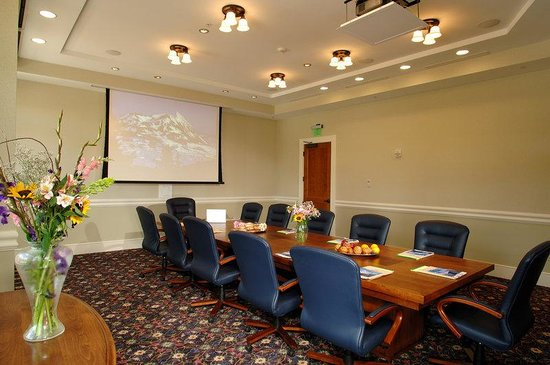 Lodge at Mountaineer Square: Meeting Room