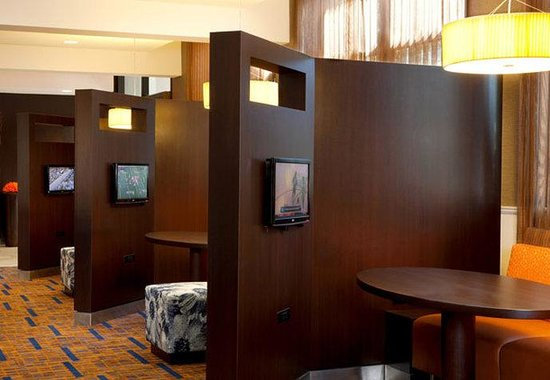 Courtyard by Marriott Dallas Addison/Quorum Drive: Media Pods
