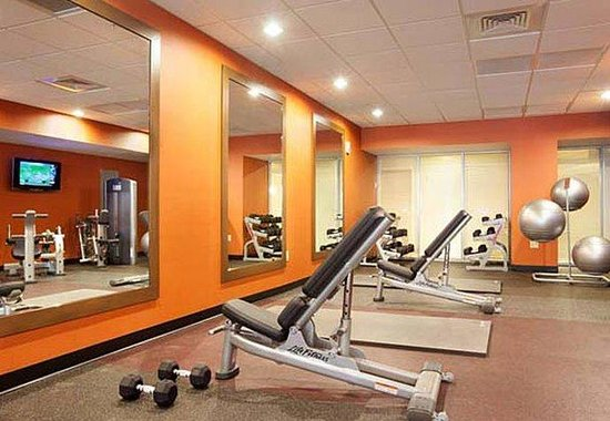 Courtyard by Marriott Miami Airport: Fitness Center