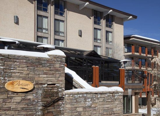 Stonebridge Inn: Stonebridge/Artisan deck winter