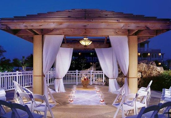 St. Kitts Marriott Resort & The Royal Beach Casino: Caribbean Wedding