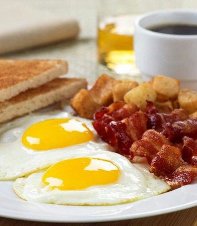 Pearland, TX: Courtyard Caf Breakfast