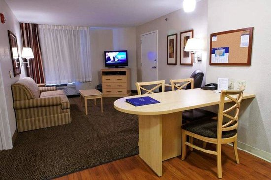 Sheridan, WY: One Bedroom Suite Living Area