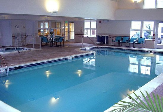 Hazleton, PA: Indoor Pool