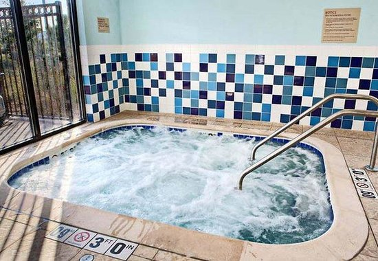 Joliet, IL: Indoor Whirlpool